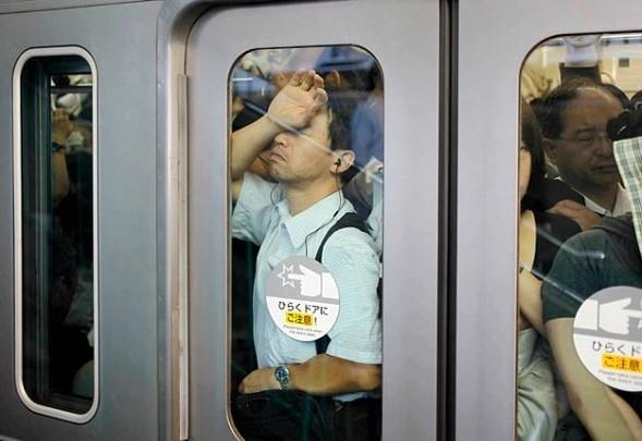 http://kamanime.ru/img/news/metro1.jpg