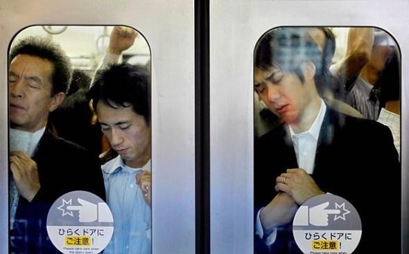 http://kamanime.ru/img/news/metro2.jpg